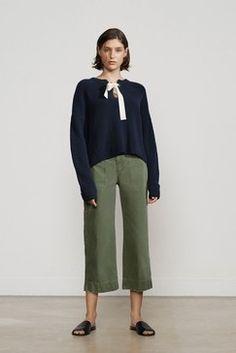 252 besten Charlotte Bilder auf Pinterest   Blouse, Woman clothing ... d7382354c3