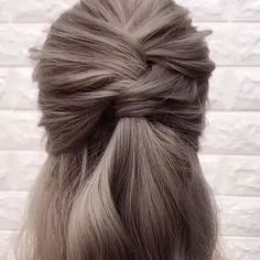Hairstyles hairtutorial updohairstyles hairtutorial hairvideos braid hairstyle for cute girl visit website to get more braided hair tutorial Easy Hairstyles For Long Hair, Braided Hairstyles, Wedding Hairstyles, Everyday Hairstyles, Hairdos, Trendy Hairstyles, Cabelo Rose Gold, Hair Upstyles, Hair Videos