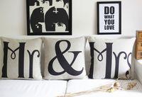 """Grátis frete - """" Mr & Mrs """" pares do casamento fronha almofada do sofá 3 pcs linho travesseiros vindima decorar atacado"""