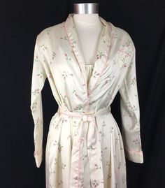 6be5aa0c6f Vtg Georgette Trabolsi Nightgown and Robe Peignoir Set Pink Flowers Size  Small