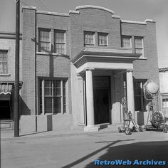 "the ""Mayberry Courthouse"" on the Desilu Studios ""40 Acres"" backlot"