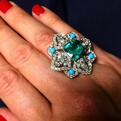 Instagram media luxuryjewelleryevents - @piagetbrand the new collection called #secretsandlights inspired by #Venice and #Samarkand now at #ParisFashionWeek2015! #pfw #placevendome #ParisFashionWeek #luxury #Piaget #fashion #mode #Paris #coutureweek #hautecouture #hautejoaillerie #LuxuryJewelleryEvents  by @thediamondedit