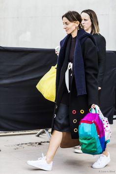 Phoebe Philo - Urban Legend 'contrast'