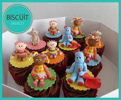 In The Night Garden Cupcakes Garden Cupcakes, Kid Cupcakes, Cupcake Cookies, First Birthday Cakes, Birthday Cupcakes, 2nd Birthday, Birthday Ideas, Character Cupcakes, Night Garden