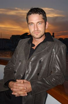 Gerard Butler, male actor, hands, fingers, celeb, powerful face, intense eyes, eyecandy, steaming hot, handsome, portrait, photo