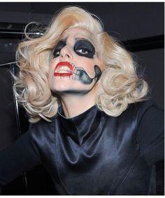 ig: @henriandrz Sin City 2, Lady Gaga Pictures, Unicorn Makeup, Italian Girls, Queen, Female Singers, Celebs, Celebrities, American Singers