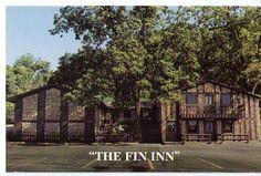 The Fin Inn Aquarium Restaurant in Grafton, IL