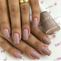 33 Ideas Gel Manicure Dark Skin Colour For 2019 Glitter French Manicure, Diy Manicure, Garra, Pedicure Colors, Colors For Dark Skin, School Nails, Dark Skin Beauty, Dark Nails, Nail Polish Colors