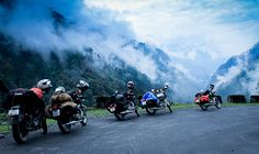 Darjeeling Sikkim Biking Best Places To Travel, Places To Go, Road Trip Photography, Bike Drawing, Leh Ladakh, Beautiful Nature Scenes, Beautiful Places, Srinagar, India Travel