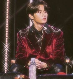 Lee Minho Lee Know Skz Stray Kids Park Kpop Korea Idols Award Show heartthrob edit Aesthetic Concert Lee Minho Stray Kids, Lee Know Stray Kids, Red Aesthetic, Kpop Aesthetic, K Pop, Park Hyung, Nct, Kids Icon, Yugyeom