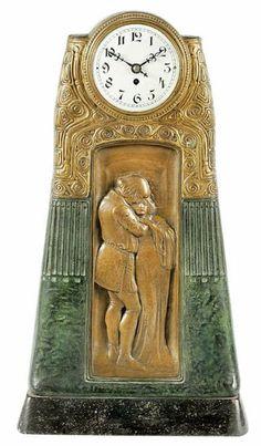 GUSTAV GURSCHNER Secessionist bronze table clock Unusual Clocks, Cool Clocks, Art Nouveau, Sistema Solar, Vintage Mantle, Mantel Clocks, Grandfather Clock, Art Deco Design, At Least