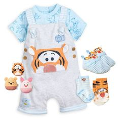 Tigger and Friends Dungaree Collection for Baby Disney Baby Clothes Boy, Cute Baby Boy Outfits, Trendy Baby Clothes, Baby Outfits Newborn, Cute Outfits For Kids, Disney Baby Outfits, Baby Kind, Baby Baby, Reborn Babies