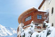 Winterurlaub in Obergurgl: 110km Pisten, im schneesichersten Wintersportort der Alpen - von 1800 bis 3080 Meter über dem Meer. Hotel Berg, Hotels, Das Hotel, Snow, Outdoor, Ski Resorts, Ski Trips, Winter Vacations, Alps