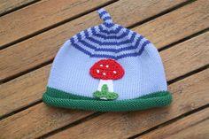 Mützen - Kleiner Fliegenpilz ! Mütze für Kinder + Babys - ein Designerstück von -Wimmelkinder- bei DaWanda