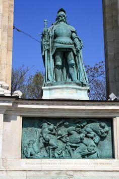 Budapest Heroes square Hunyadi János - Statue of Hunyadi, Heroes' Square, Budapest, Hungary