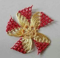 Thread Crochet, Crochet Scarves, Crochet Doilies, Simple Flower Design, Flower Designs, Hand Embroidery, Embroidery Designs, Chicken Pattern, Crochet Chicken