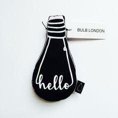 Bulb London deco kussentje Hello