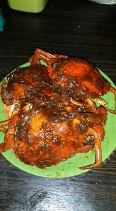 Kepiting Asam Manis Pedas by Ricky Dewata Olshopp Crab Recipes, Spicy Recipes, Cooking Recipes, Tasty Dishes, Food Dishes, Snap Food, Luxury Food, Food Snapchat, Home Food