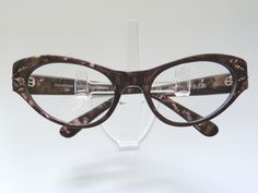 Check out GLORIA cat eye in Coffee Pearl