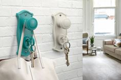 The key is a key chain that can be removed. Doorman Key Holder & Hook By Ototo Design - Turquoise OTOTO Design Doorknob Hangers, Door Knobs, Door Handles, Wall Hook Rack, Chihiro Y Haku, Diy Recycling, Upcycle, Wall Key Holder, Key Holders