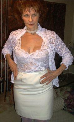 HOT granny! Amazing Women, Beautiful Women, Old Women, Aunt, Lace Skirt, Classy, Change, Female, Sexy