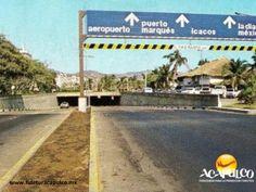 #acapulcoeneltiempo El antiguo paso a desnivel de la Costera Miguel Alemán en Acapulco. ACAPULCO EN EL TIEMPO. A principios de la década de los años 80, se construyó un paso a desnivel en la Costera Miguel Alemán, debajo del parque Papagayo, el cual funcionó hasta finales del siglo pasado, debido a las pésimas condiciones en que lo dejó el huracán Paulina. Te invitamos a visitar la página oficial de Fidetur Acapulco, para obtener más información.