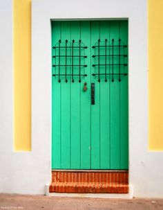 Old San Juan is one of the most colourful little cities within a city we have been to, and for so many different reasons.  Find out why Old San Juan is the jewel in Puerto Rico's crown at vagrantsoftheworld.com