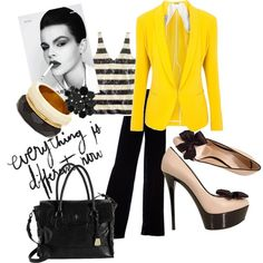 Yellow blazer, I'm in love.