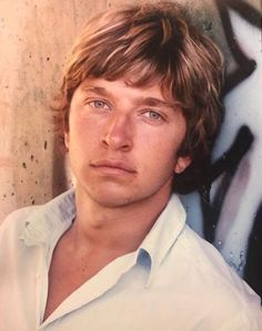 brett eldredge come fly with e to the moon Country Singers, Country Music, Im In Love, I Love Him, Brett Eldredge, The Boogie, Country Men, Blue Eyes, Beautiful People