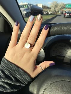 50 Fall Nail Art ideas and Autumn Color Combos to try on this season - Hike n Dip Make the most of this fall season by indulging in some fall nail art ideas. Here are the best Autumn Nails for 2019 perfect for Halloween and Thanksgiving. Mauve Nails, Gold Glitter Nails, Purple Nails, Fall Acrylic Nails, Autumn Nails, Fall Nail Art, Cute Fall Nails, Stylish Nails, Trendy Nails