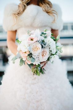 Photography: Kristina Lorraine Photography - kristinalorraine.com  Read More: http://www.stylemepretty.com/2015/01/16/nfl-player-amazing-race-contestant-tie-the-knot/