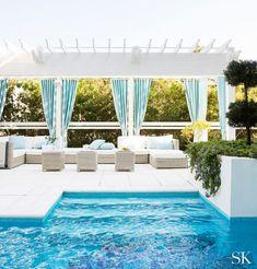 Pool Porch, Backyard Patio, Backyard Landscaping, Landscaping Ideas, Pool Wedding, Outdoor Rooms, Outdoor Decor, Pool Cabana, Backyard Paradise
