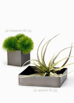 1 Shiny Grey Zinc Cube Vase and Tray