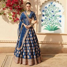 Sabyasachi just launched his first ever bridal lehenga from spring summer 2019 Collection. Love this shade of blue. Can't wait to see a bride in it now. It'll be interesting to see all the different bridal options for this year. Sabyasachi Bridal Lehenga Price, Sabyasachi Bridal Collection, Indian Bridal Lehenga, Indian Bridal Outfits, Indian Bridal Wear, Indian Designer Outfits, Lehenga Choli, Indian Dresses, Bridal Dresses