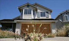 Wall Street sues California city looking to bail out homeowners Selling Real Estate, Real Estate Investing, Investment Club, Klamath Falls, Bail Out, California City, Home Inspection, House Prices, Wall Street