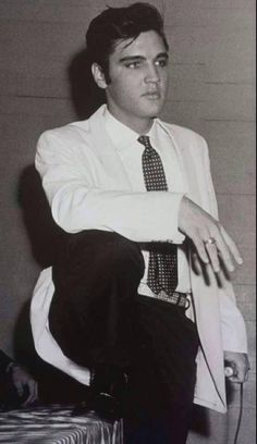 At his half-hour press conference at Multnomah Athletic Club prior to his show at the adjacent Multnomah Civic Stadium in Portland, OR on Monday, 2 September 1957.