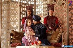 Muhteşem Yüzyıl 131. Bölüm Fotoğrafları Series Movies, Tv Series, Sultan Murad, Medieval, Turkish Fashion, Closer To Nature, Ottoman Empire, Period Dramas, The Girl Who