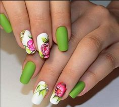 Top 20 Beautiful Spring Manicure in Green Colors of 2018.