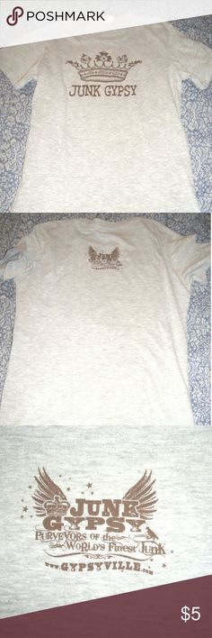 Ladies Grafic Tee Soft jersey grafic tee,  in great condition... fitted and comfy.... jersey grey color.... Primary Tops Tees - Short Sleeve