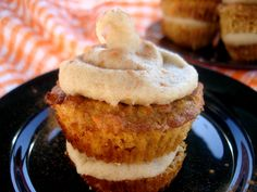 MADE|| Carrot Cake Cupcakes - the 'frosting' to me was a lot of work and more like a nut butter. Next time since WLC can do butter, ill make just the cupcake part and we can eat it like a muffin.