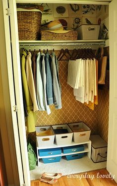 Can't imagine ever having the time to paint the *inside* of my closets, but if I did ... I'd hire this diy-er to do mine! : )