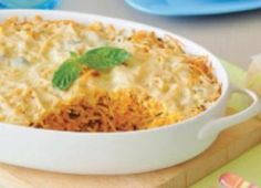 Eenskottel / All -in-one Dish Pasta Recipes, Dessert Recipes, Cooking Recipes, Desserts, South African Recipes, Ethnic Recipes, Bacon Wrapped Potatoes, Pasta Noodles, Vegetable Side Dishes