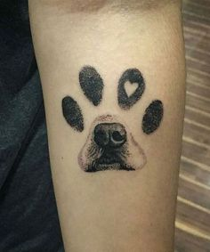 Excellent paw print dog tattoo Designs on the Arm, your ink. diy best tattoo - Excellent paw print dog tattoo Designs on the Arm to their inks You are in the right - Kunst Tattoos, Body Art Tattoos, Small Tattoos, Sleeve Tattoos, Woman Tattoos, Forearm Tattoos, Best Arm Tattoos, Dog Print Tattoos, Dog Paw Tattoos