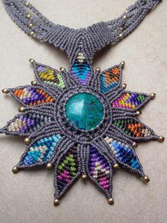 Lotus Macrame collar/arco iris loto flor y turquesa piedra preciosa/sanación Yoga piedra joyería
