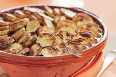 Lamb, date and kumara hotpot recipe, NZ Woman's Weekly – 800g kumara, peeled and cut in 1cm slices 800g boneless lamb leg or shoulder steaks, cut into 3cm cubes 1 cup coarsely chopped pitted dates 2 medium onions, finely sliced 1/4 cup chopped fresh parsley – foodhub.co.nz
