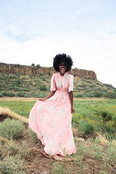 Ace Fanning Photography // Jay Moise // Editorial Models // Photography // Afro Beauty // Black Models // Free People // Forever 21 // Phoenix Arizona // Arcosanti // Photography Tutorials // Photoshoot // Fashion Editorial // Posing // Lighting // Lightroom Editing //  www.instagram.com/acefanningphotography