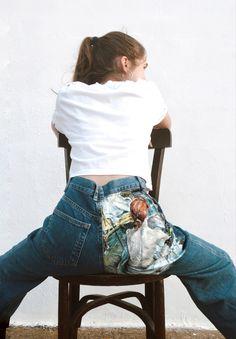 Pantaló de segona mà pintat per Comboi de Tarongina a mà Ropa pintada a mano Fashion, Fabrics, Painted Clothes, Moda, Fashion Styles, Fashion Illustrations