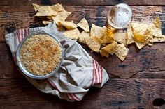 Enjoy this jalapeno popper beer cheese dip with tortilla chips and an IPA. Bite Size Appetizers, Finger Food Appetizers, Appetizers For Party, Finger Foods, Beer Recipes, Cooking Recipes, Savory Herb, Cooking With Beer, Beer Cheese