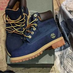 There is 0 tip to buy shoes, timberland, timberlands, blue timberlands, royal blue timberland boots. Help by posting a tip if you know where to get one of these clothes. Navy Blue Timberland Boots, Timberland Chukka, Timberland Boots Outfit, Timberlands Women, Timberland Fashion, Sneaker Boots, Bootie Boots, Shoe Boots, Shoe Bag