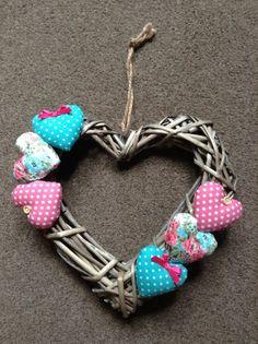 Pretty Shabby Chic Decorative Wicker Heart Wall Door Hanging